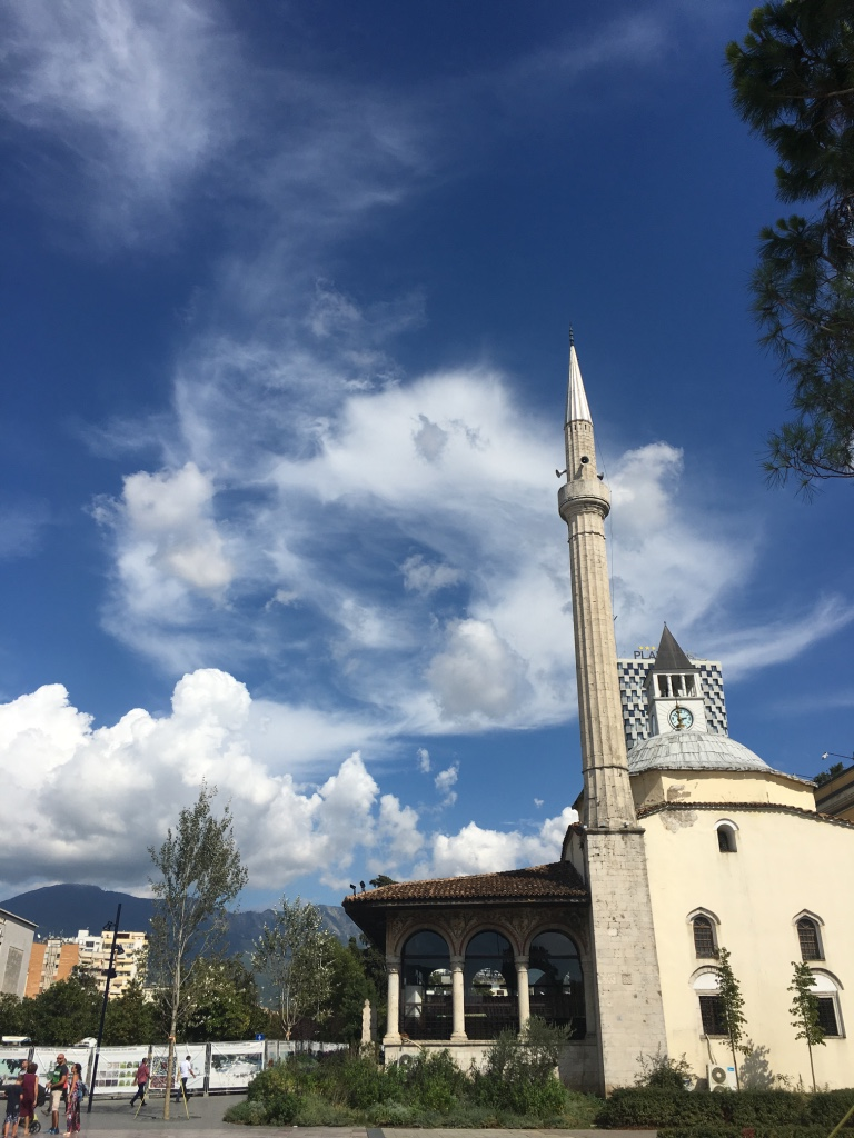 Этхем бей - османская мечеть 18 века
