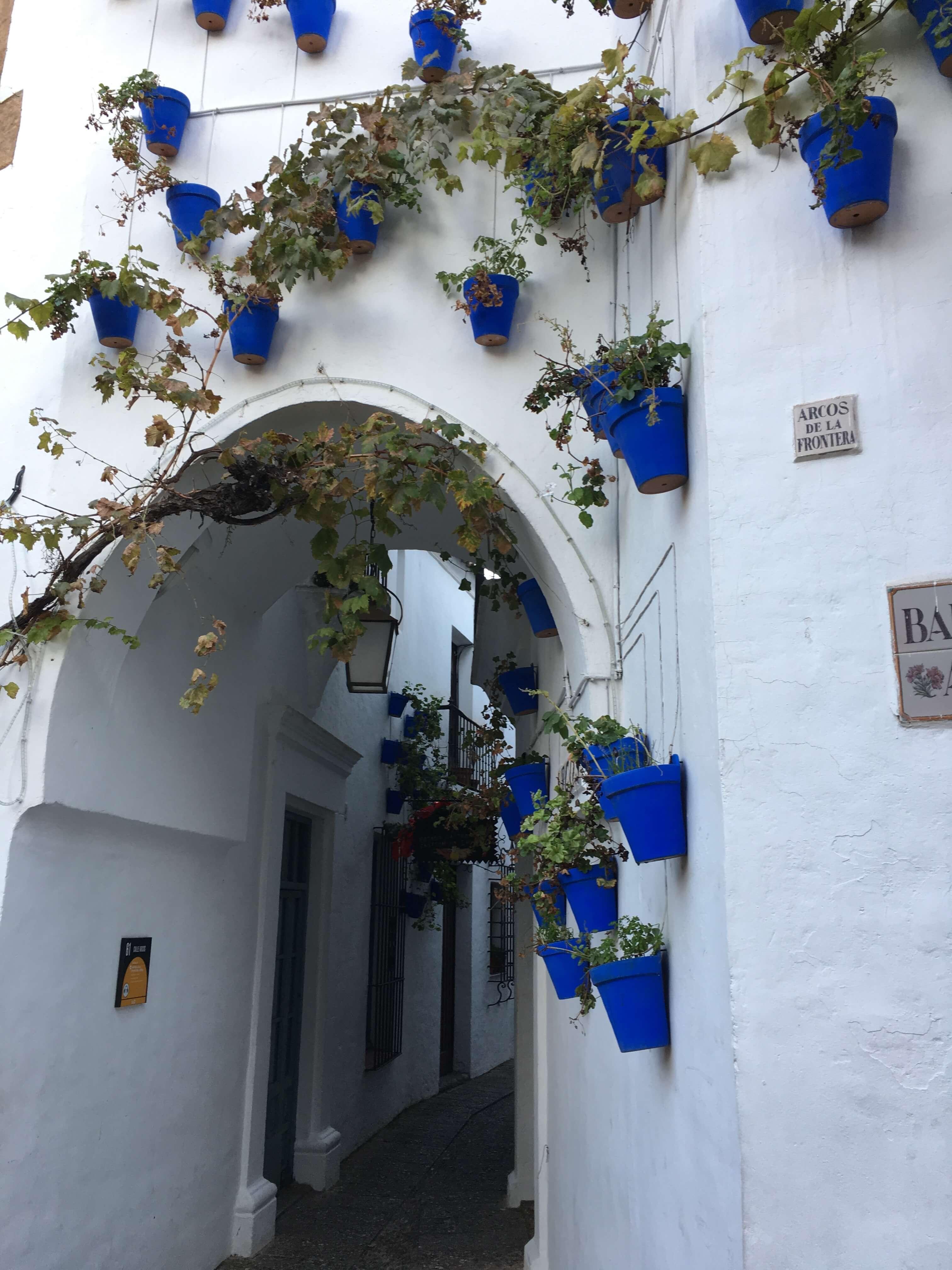Испанская деревня, гора Монжуик, испания