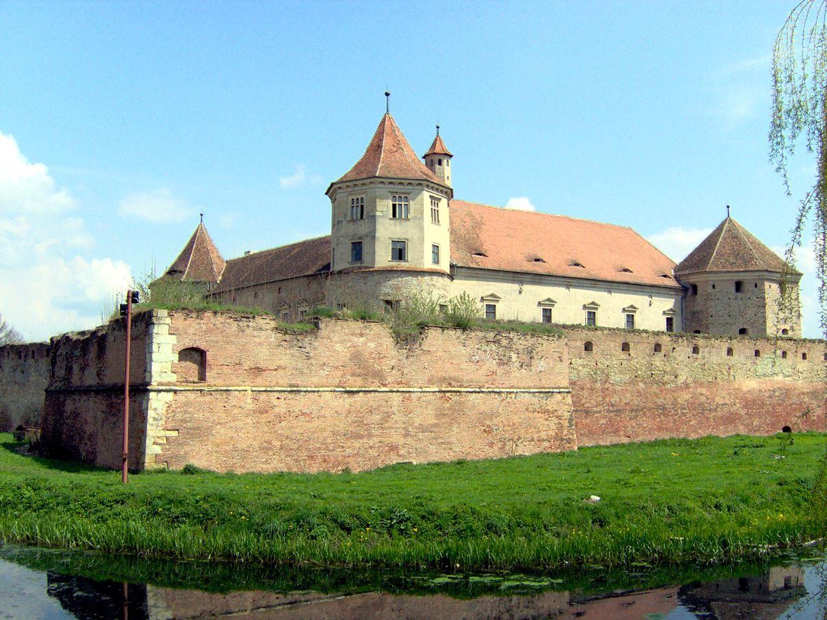 Замок Фэгэраш