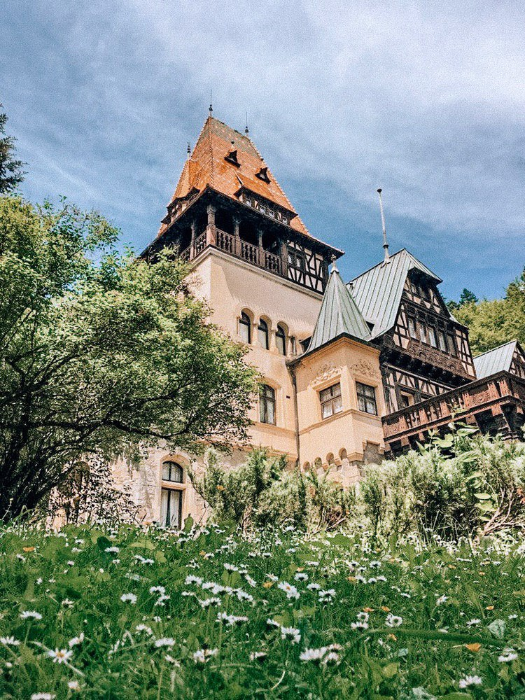 замок Пелешор