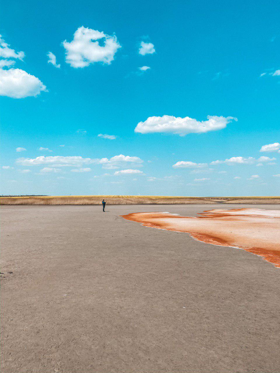 розовое озеро солонец-тузлы
