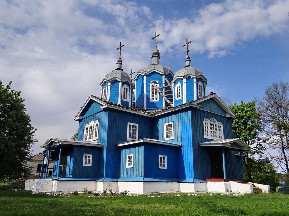 Успенская церковь в селе Ольховец.