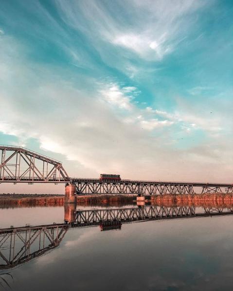 міст в Аляудах