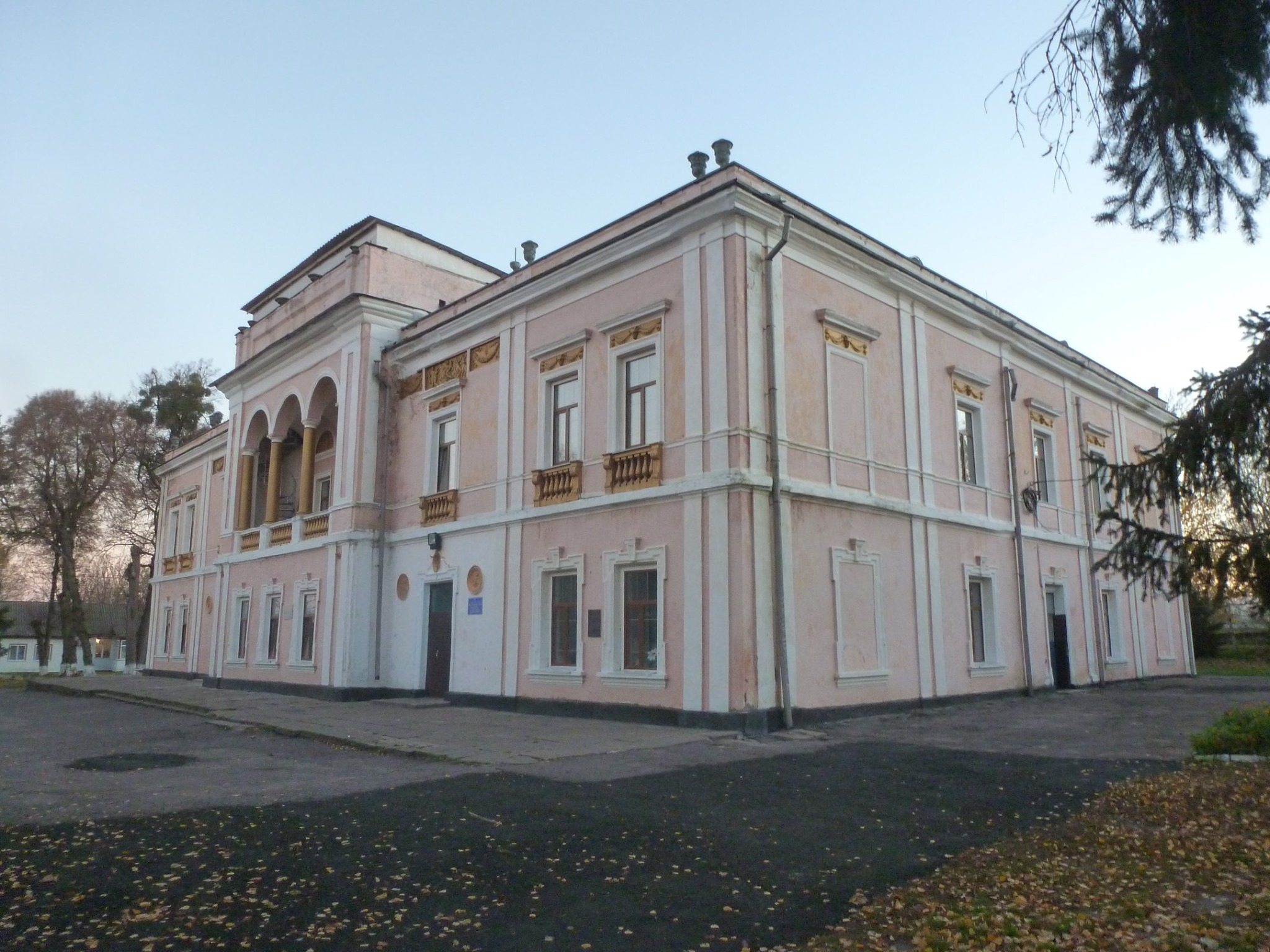 Палац Е. Ценіної