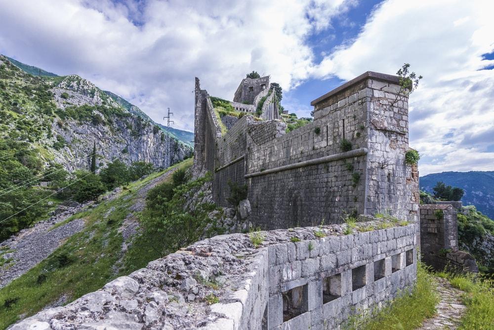 Підйом на Фортецю святого Іоанна (Джованні)