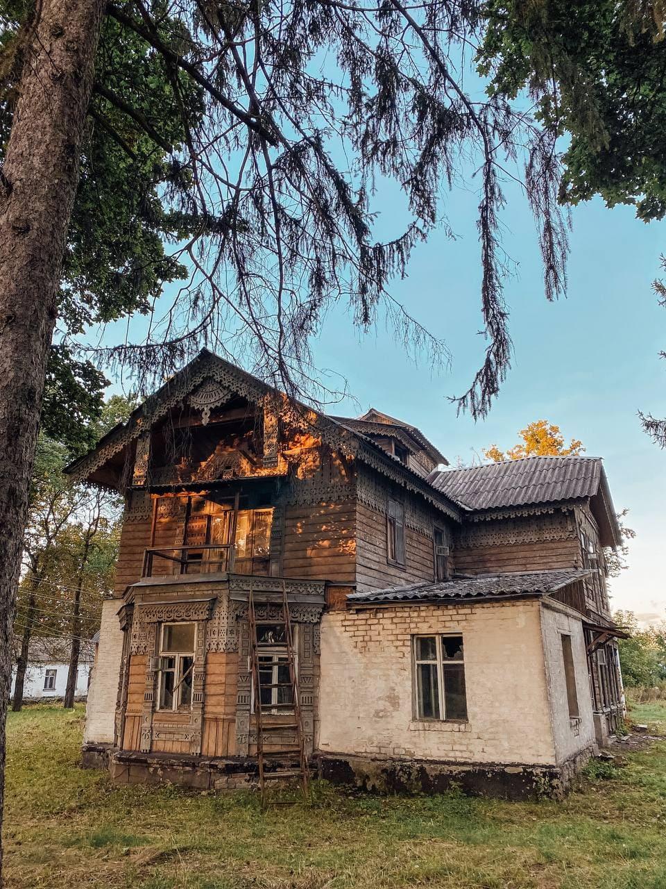 Стара дерев'яна дача Максимовича в Боярці.
